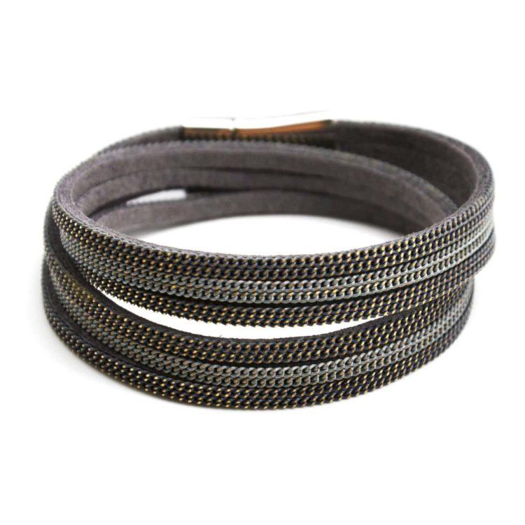 Bracelet-Double-Tour-Multi-Rangs-Feutrine-et-Chaines-Metal-Gris