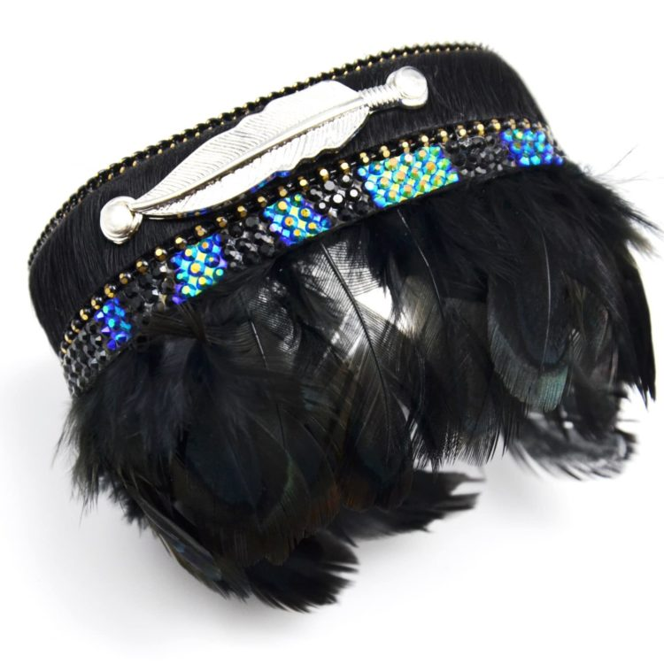 Bracelet-Manchette-Aimante-Bande-Unie-Strass-avec-Plumes-de-Paon-Noir-et-Plume-Metal