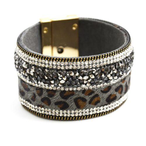 Bracelet-Manchette-Aimante-Bande-Leopard-Gris-avec-Pierres-Brillantes-et-Strass