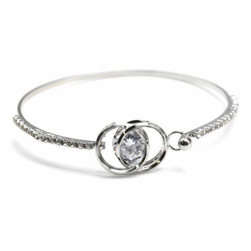 Bracelet-Jonc-Double-Cercles-Entrelaces-Contour-Strass-Argente