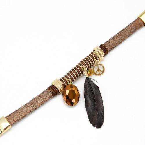 Bracelet-Aimante-Effet-Python-Charms-Plume-Perles-Peace-MarronDore