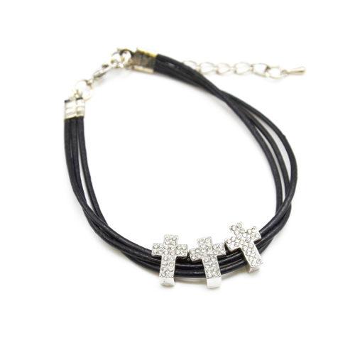 Bracelet-Triple-Cordon-Noir-avec-3-Charms-Croix-Strass