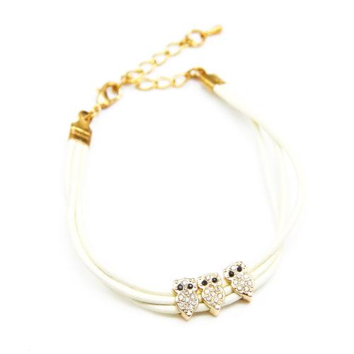 Bracelet-Triple-Cordon-Ecru-avec-3-Charms-Chouette-Strass