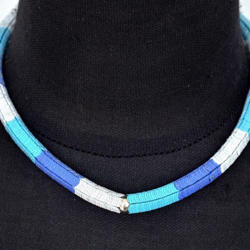 Collier-Tour-de-Cou-Multi-Pieces-Metal-Bleu
