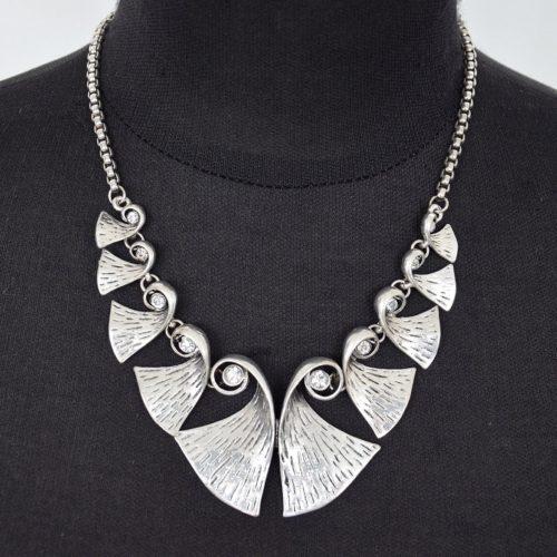 Collier-Plastron-Multi-Formes-Metal-Vieilli-Vintage