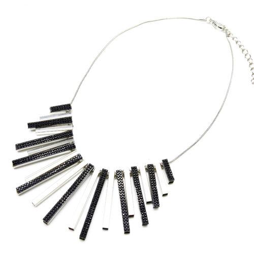 Collier-Plastron-Pendentif-Multi-Bandes-Metal-et-Strass-Argente-Noir