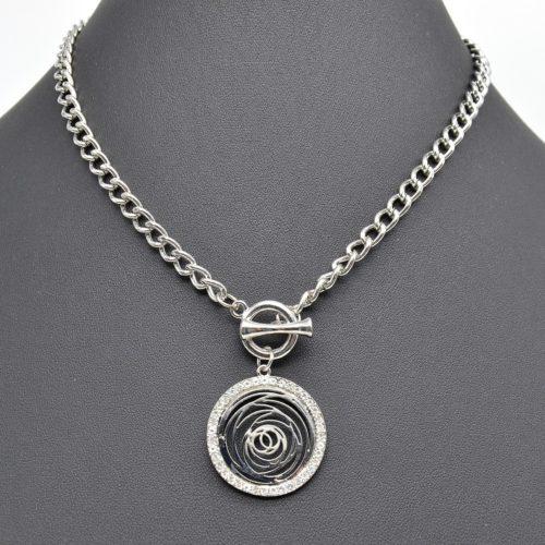 Collier-Chaine-Metal-Pendentif-Cercle-Cisele-Contour-Strass-Argente