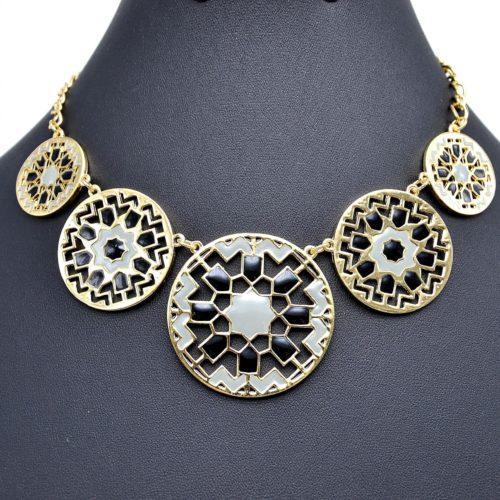 Collier-Plastron-Cercles-Style-Mosaique-Ethnique-NoirGris