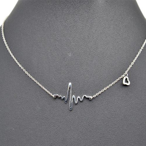 Collier-Fine-Chaine-et-Pendentif-Hearbeat-Pulsations-et-Mini-Coeur-Metal-Argente