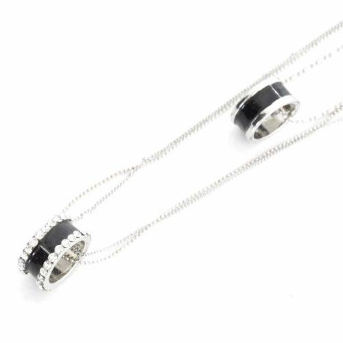 Sautoir-Collier-Double-Chaines-Metal-Argente-avec-Anneaux-Resine-Noire-et-Strass