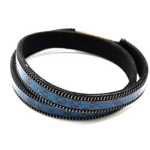 Bracelet-Aimante-Double-Tour-Motif-Ecailles-Bleu-Contour-Chaine-Metal-Noir