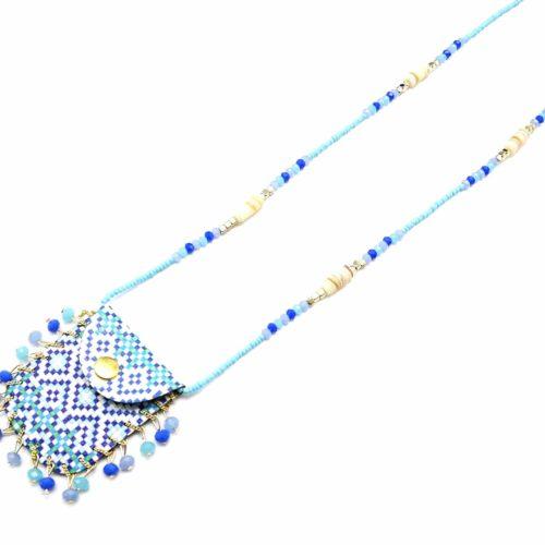 Sautoir-Collier-Pendentif-Pochette-Motif-Mosaique-et-Perles-Bleues