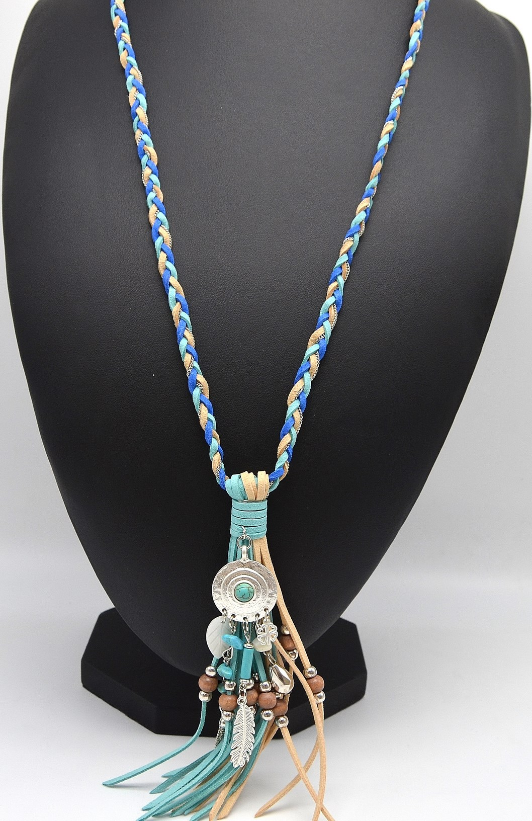 collier perle tresse bleu