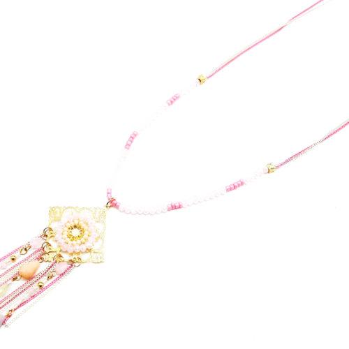 Sautoir-Collier-Pendentif-Losange-Cisele-avec-Perles-et-Chaines-Roses