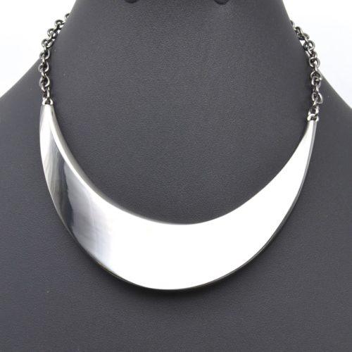 Collier-Chaine-Metal-et-Demi-Torque-Plate-Gris