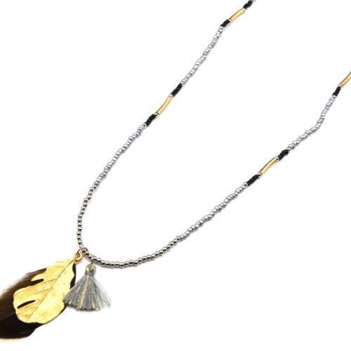 Sautoir-Collier-Perles-Pendentif-Plumes-Metal-et-Pompon-Gris