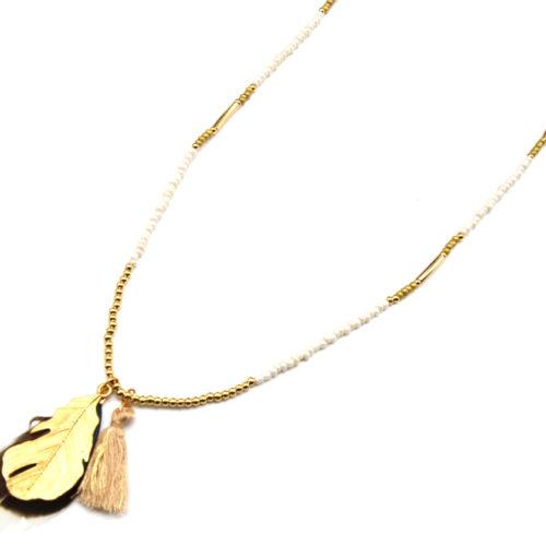 Sautoir-Collier-Perles-Pendentif-Plumes-Metal-Pompon-Beige