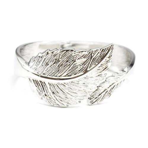 Bracelet-Jonc-Ouvert-Forme-Feuilles-Relief-Metal-Argente