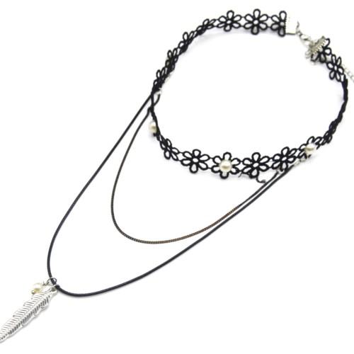 Collier-Choker-Ras-du-Cou-Fleurs-Tissu-Ajoure-Noir-avec-Perles-et-Chaine-Cordon-Pendentif-Plume-Metal-Argente