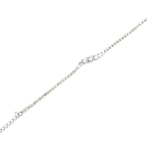 Bracelet-1-Rang-Strass-avec-Charm-Bande-Ondulee-Pierres-et-Metal-Argente