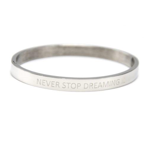 Bracelet-Jonc-Moyen-Acier-Argente-avec-Message-Never-Stop-Dreaming