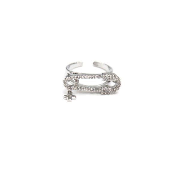 Bague-Phalange-Ouverte-Epingle-Metal-Argente-et-Contour-Pierres-Zirconium-avec-Mini-Trefle