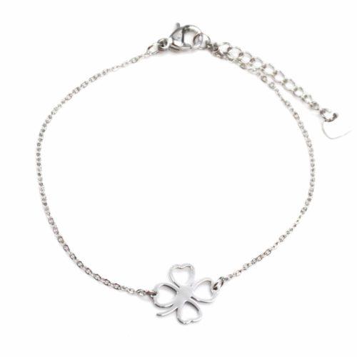 Bracelet-Fine-Chaine-avec-Charm-Trefle-Porte-Bonheur-Contour-Acier-Argente