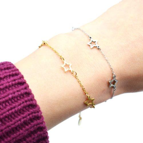Bracelet-Fine-Chaine-avec-Charms-Etoiles-Acier