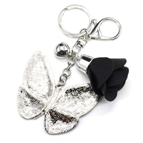 Porte-Cles-Bijou-de-Sac-Papillon-Metal-Peint-Noir-Motif-Liberty-avec-Fleur-Simili-Cuir