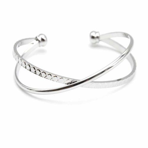 Bracelet-Ouvert-Double-Jonc-Croises-Metal-Argente-et-Relief-Ecailles