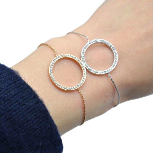 Bracelet-Fine-Chaine-Ajustable-avec-Charm-Cercle-Contour-Strass-et-Metal