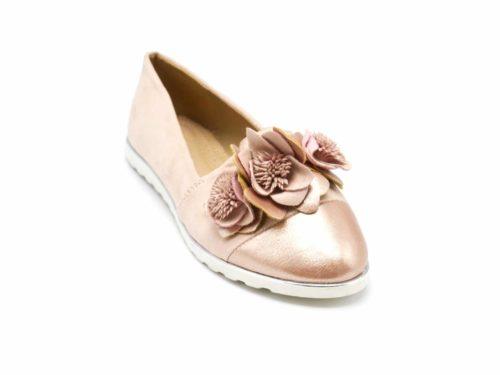 Mocassins-Slippers-Effet-Daim-Rose-Nude-avec-Multi-Fleurs-Bout-Satine-et-Semelle-Blanche