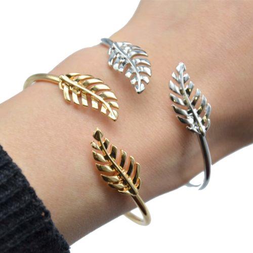 Bracelet-Jonc-Ouvert-avec-Double-Feuilles-Ajourees-et-Ressort-Metal