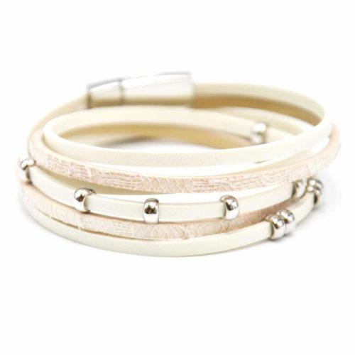 Bracelet-Double-Tour-Multi-Rangs-Simili-Cuir-Ecru-et-Paillettes-avec-Charms-Boules-Metal-Argente