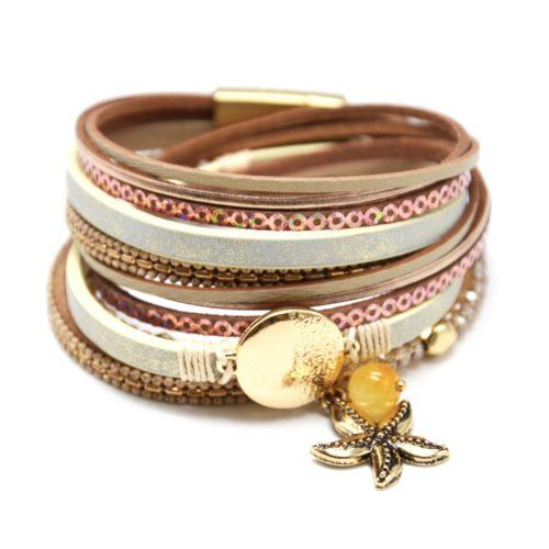 Bracelet-Double-Tour-Multi-Rangs-Beige-Sequins-Perles-avec-Charm-Medaille-et-Etoile-Metal-Dore