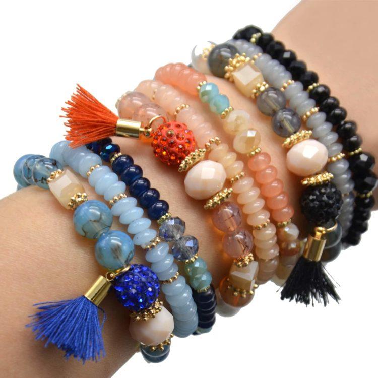 Lot-de-3-Bracelets-Perles-et-Pierres-Elastique-avec-Shamballa-Strass-et-Pompon