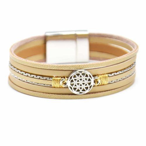 Bracelet-Manchette-Multi-Rangs-Simili-Cuir-Beige-Dore-avec-Charm-Rosace-Metal-Argente