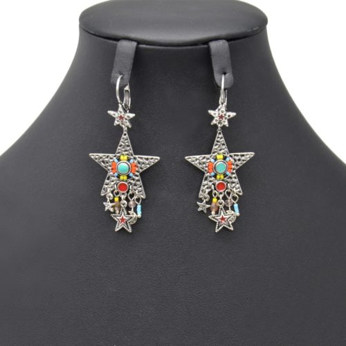 Boucles-dOreilles-Pendantes-Etoile-Metal-Relief-Argente-avec-Perles-Multicolore-et-Multi-Charms-Ethnique