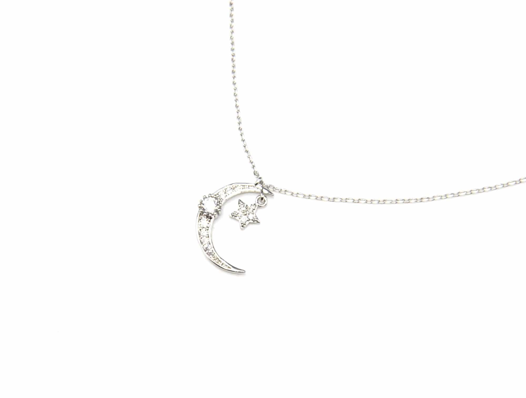 collier pendentif lune