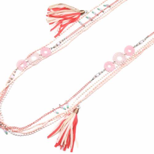 Sautoir-Collier-Multi-Chaines-Perles-et-Pierres-avec-Rosaces-et-Pompons-Tissu-Rose