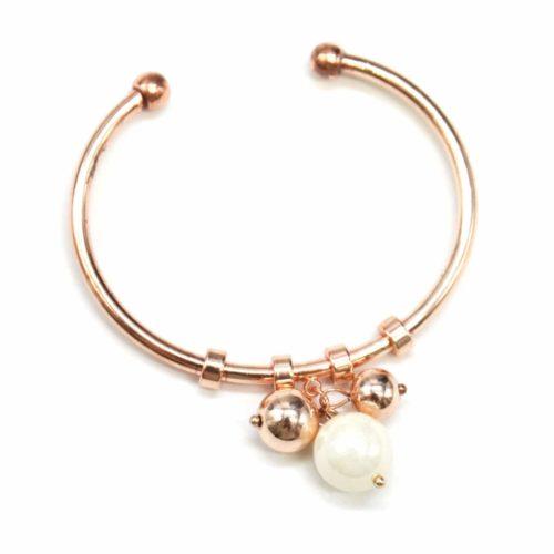 Bracelet-Jonc-Ouvert-avec-Multi-Charms-Perle-Ecru-et-Boules-Metal-Or-Rose