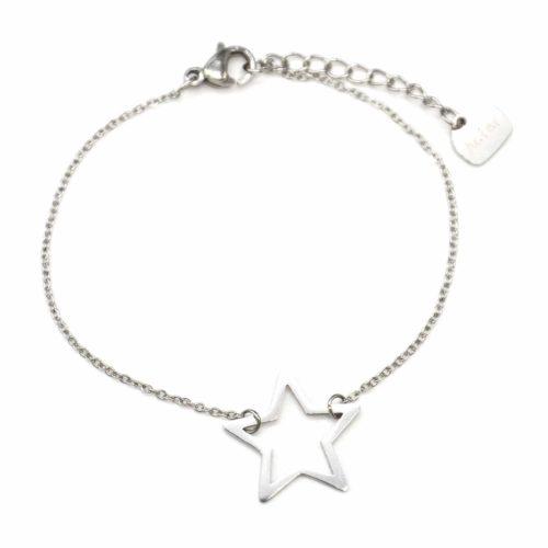 Bracelet-Fine-Chaine-avec-Charm-Etoile-Contour-Acier-Argente