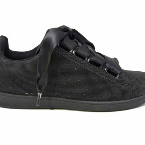 Baskets-Tennis-Sneakers-Toile-3D-Noir-avec-Effet-Reflechissant-Lumiere-Ruban-Satin-et-Semelle-Noire