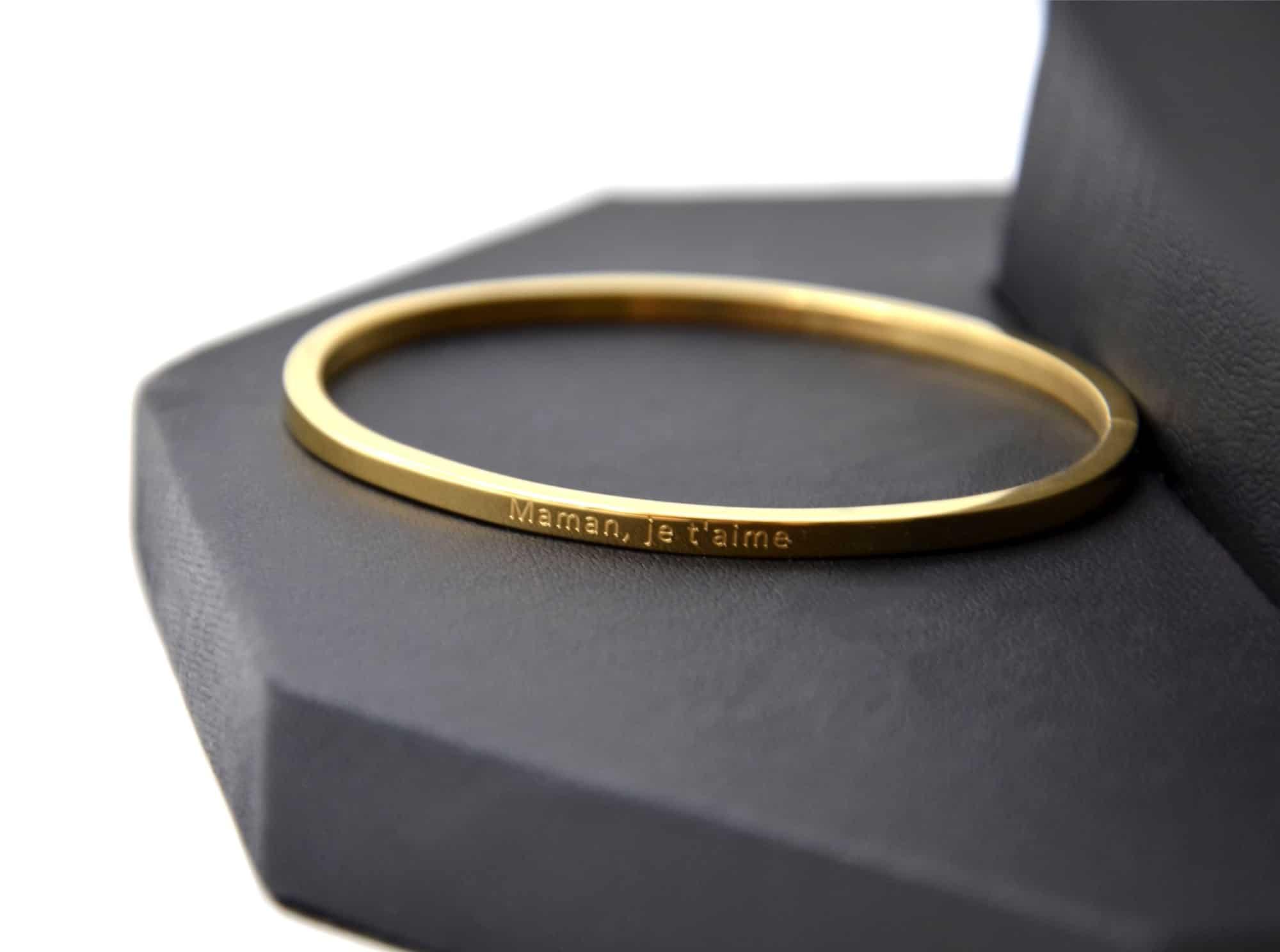 remise chaude le rapport qualité prix prix plancher BC2470F - Bracelet Jonc Fin Acier Doré avec Message Maman, je t'aime