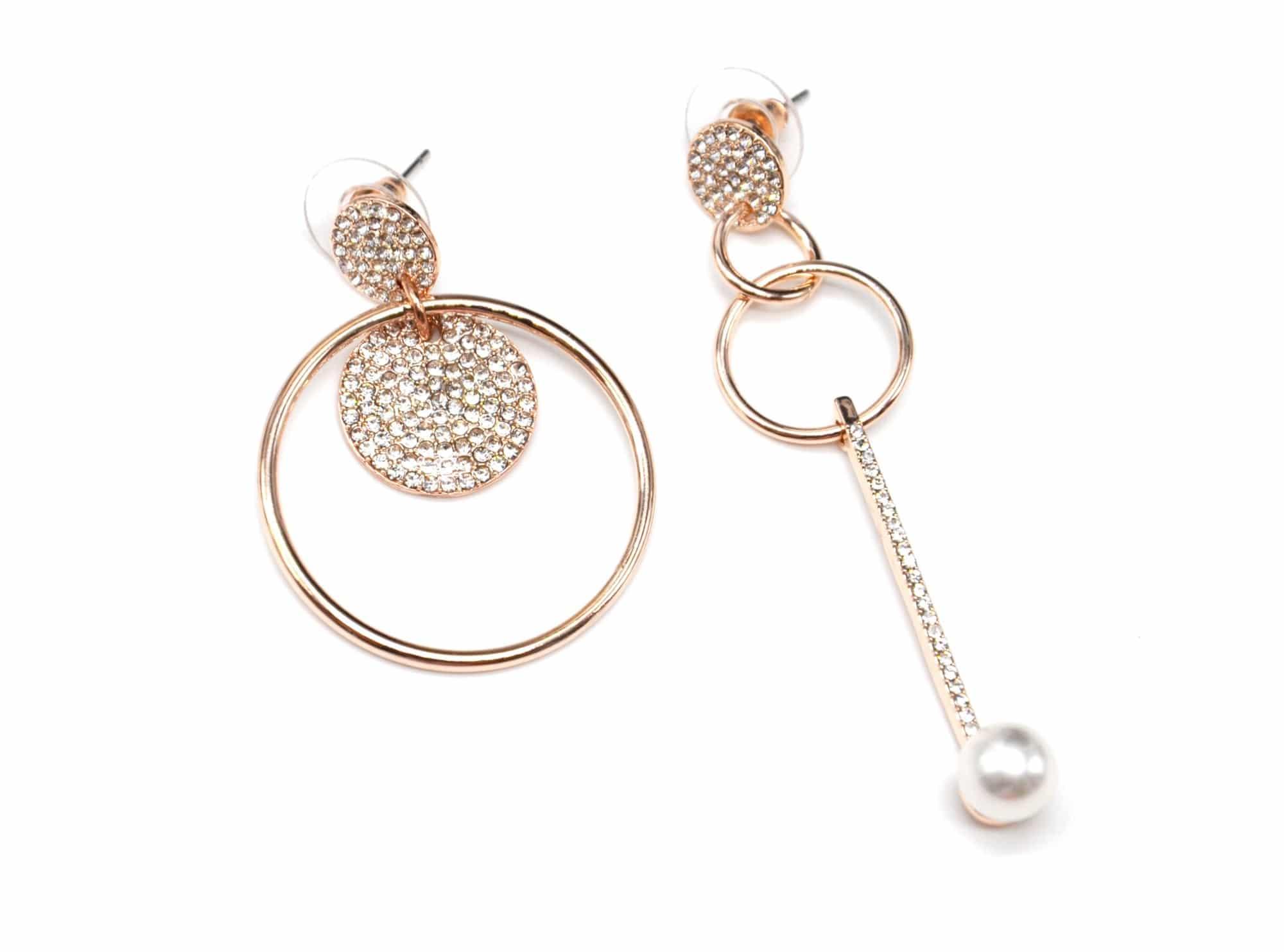 bo1108e boucles d 39 oreilles asym triques multi cercles et barre strass m tal or rose avec perle. Black Bedroom Furniture Sets. Home Design Ideas