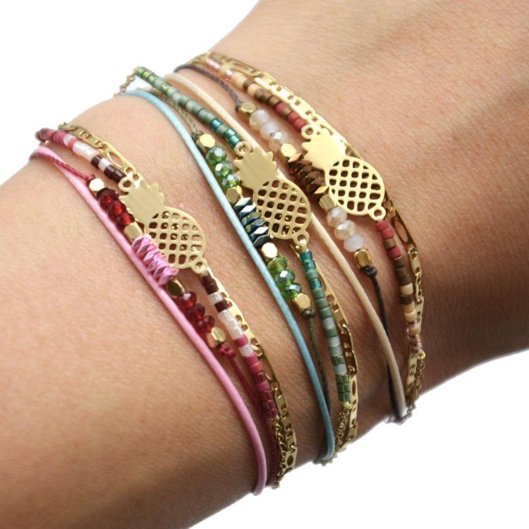 Bracelet-Multi-Rangs-Chaine-Maillons-Pierres-et-Perles-avec-Ananas-Acier-Dore