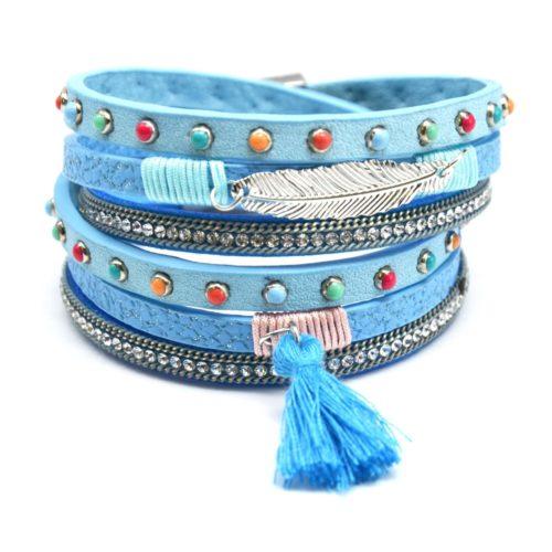 Bracelet-Double-Tour-Multi-Rangs-Simili-Cuir-Ecailles-Strass-Clous-Multicolore-avec-Plume-et-Pompon-Bleu