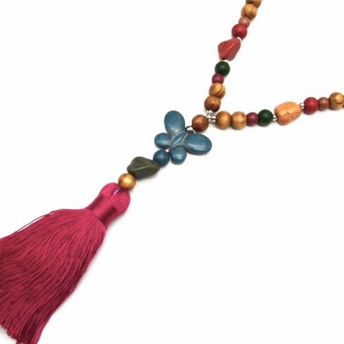 Sautoir-Collier-Perles-Bois-et-Effet-Marbre-Multicolore-avec-Pierre-Papillon-et-Pompon