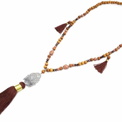 Sautoir-Collier-Perles-Bois-et-Pierres-avec-Bouddha-Metal-Argente-et-Pompons-Marron
