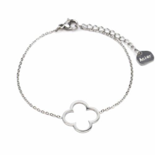 Bracelet-Fine-Chaine-avec-Charm-Trefle-Chance-Contour-Acier-Argente